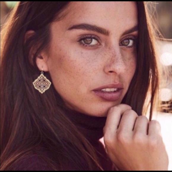 New Kendra Scott Kirsten Filigree Dangle Earrings